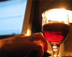 Соцсеть появится у любителей вина и знакомств